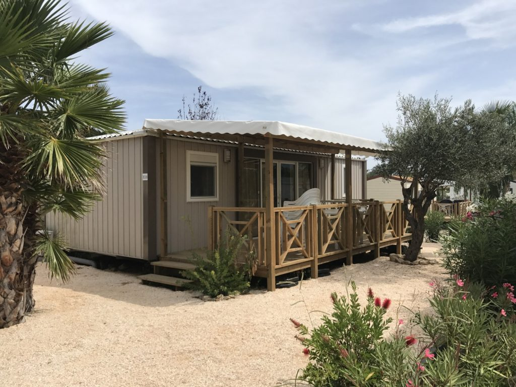 Mobil home sirene 3 chambres 2013 camping le clos du thym for Pot de chambre camping